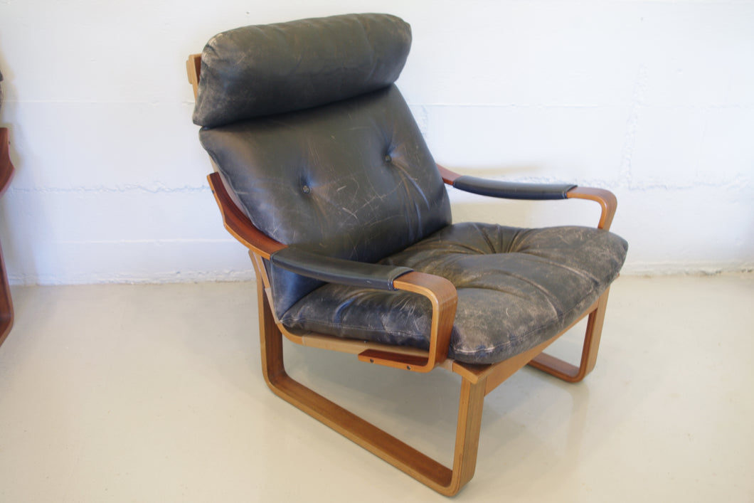 TESSA T8 LOUNGE CHAIR