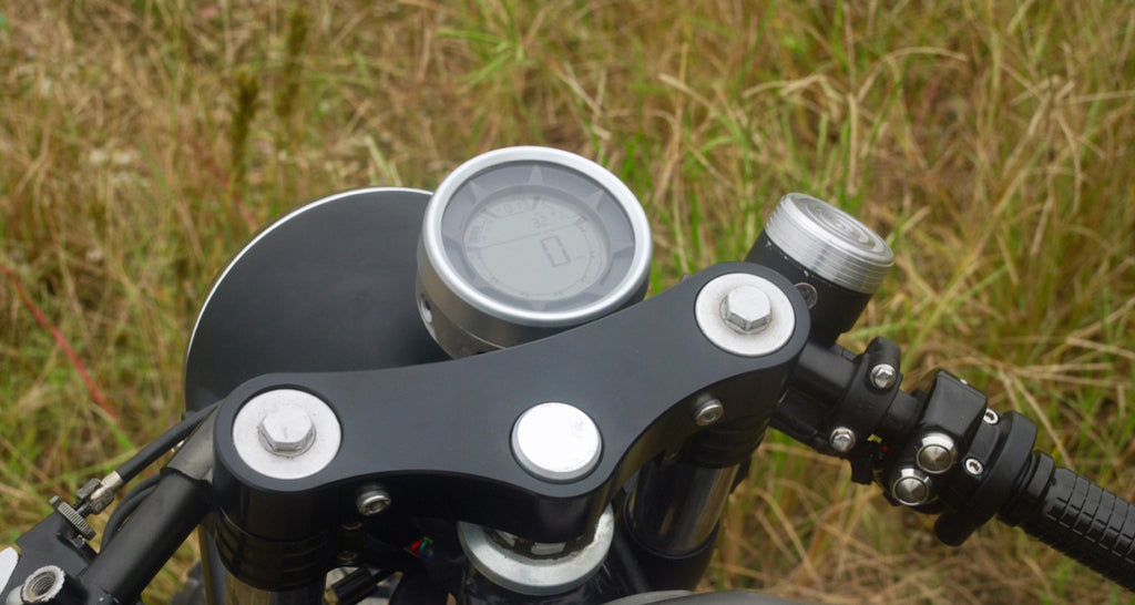 Compteur LCD Digital avec support - REMMOTORCYCLE