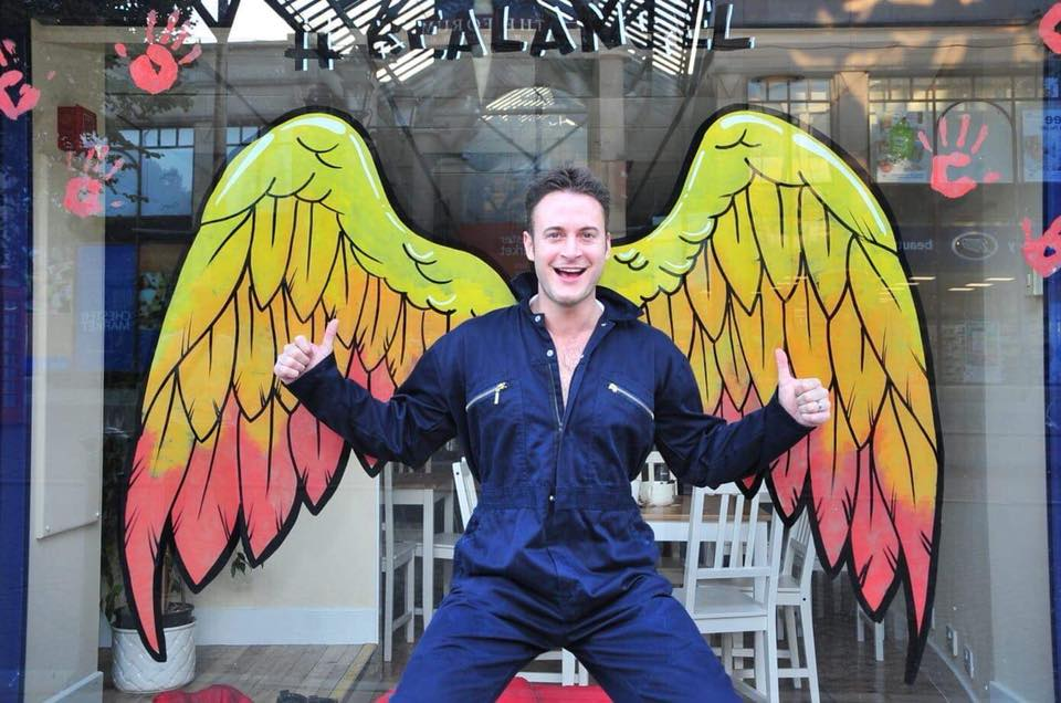 Hollyoaks heartthrob Gary Lucy shows us his wings