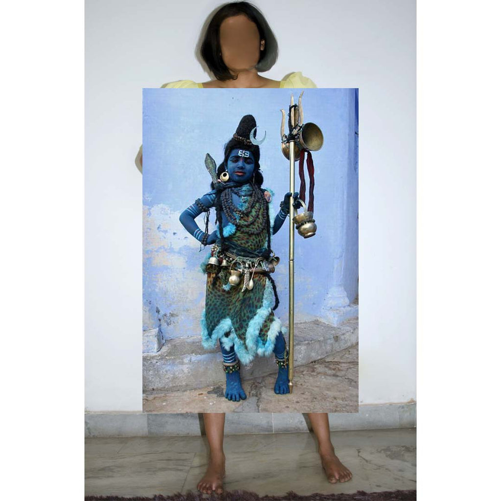 Behroopiya - Boy dressed as a Hindu deity, Lord Shiva