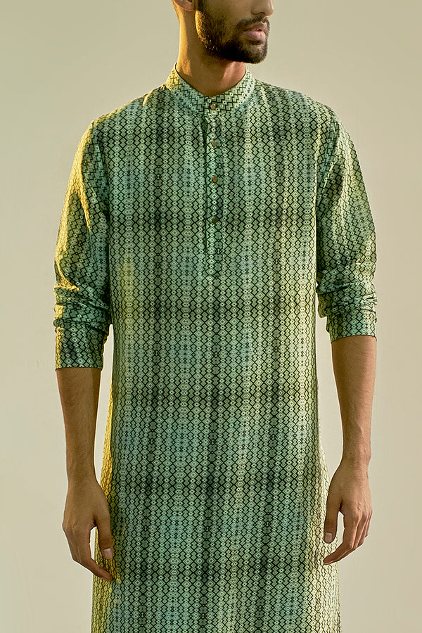 Green Geometric Print Chanderi Kurta For Men - sakshamneharicka.com