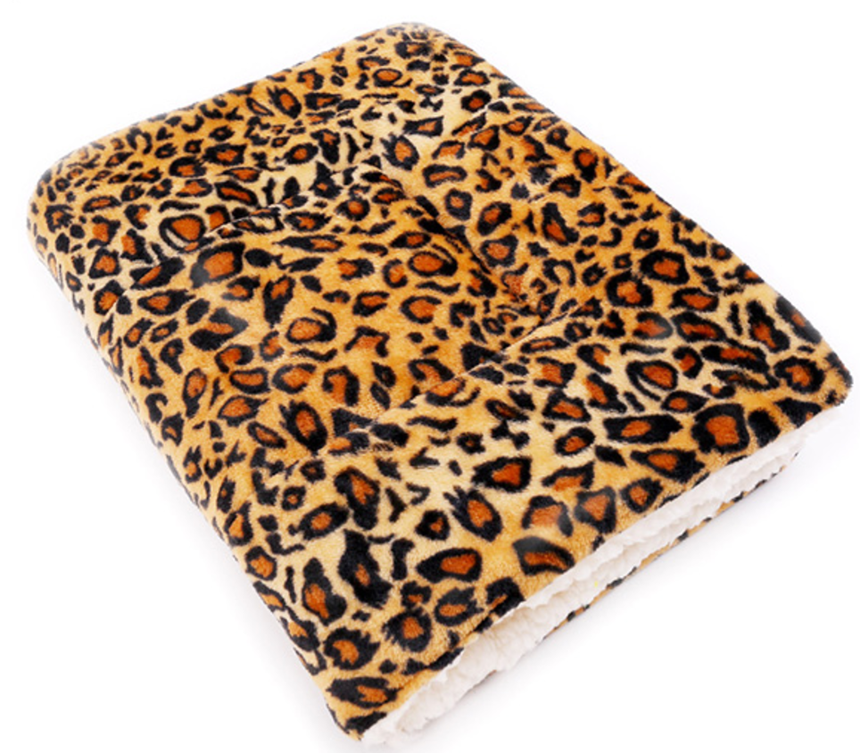 Soft Winter Pet Blanket leopard pattern