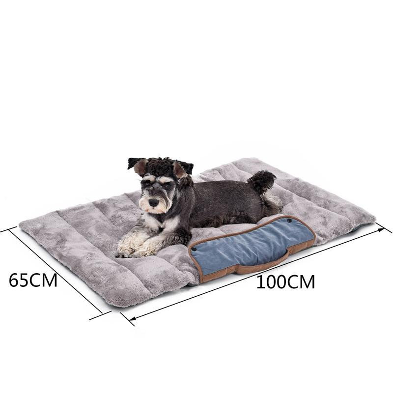 Roll up travel dog mat with dog and size