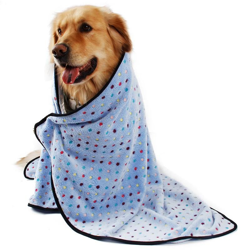 Ultra Thick Warm Dog & Cat Blanket with dog