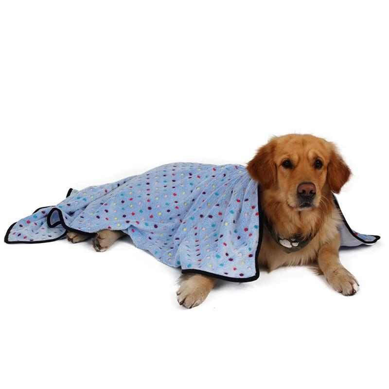 Ultra Thick Winter Dog & Cat Blanket with dog