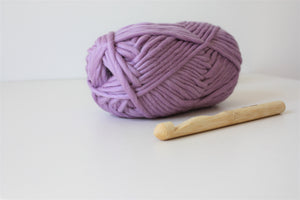 lilac lavender super chunky wool super bulky merino yarn king and eye