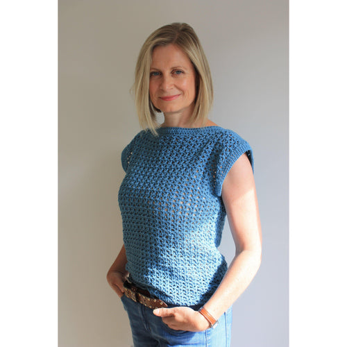 Dolphin Waves Easy Summer Top Crochet Pattern - King & Eye