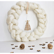 Charger l'image dans la galerie, Christmas Decor - Farmhouse Style Winter Wreath-Holiday Decor-King & Eye