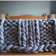 Load image into Gallery viewer, Chunky Knit Giant Merino Throw-Chunky Knit Blankets-King & Eye