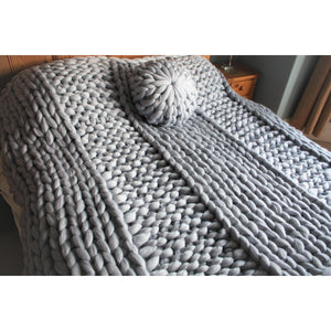 Merino Wool Chunky Knit Blanket - Ribbed Design-Chunky Knit Blankets-King & Eye
