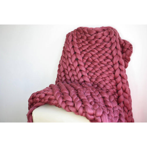 Chunky Knit Throw - Ribbed Design - King & Eye