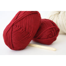 Load image into Gallery viewer, Chunky Merino Super Bulky Yarn - King & Eye