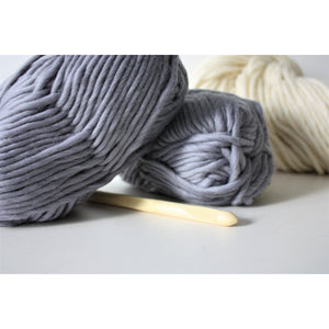 Grey Merino Wool Super Chunky Knitting Yarn Super Bulky Yarn King and Eye