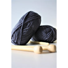 Load image into Gallery viewer, Super Bulky Chunky Merino Yarn (Size 6) - King & Eye