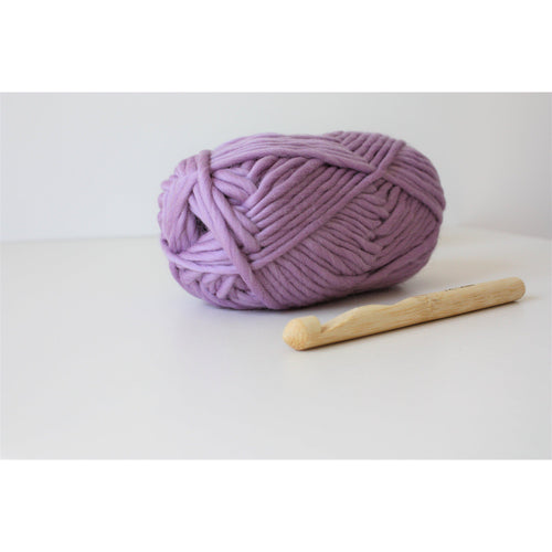 Super Chunky Merino Thick Knitting Yarn Super Bulky Yarn  Lilac King and Eye