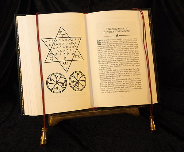 Silent asTrees  ,Grimoire,Occult,Esoteric,Herbs,WitchCraft,Metaphysical,Spells,Magick,Magic