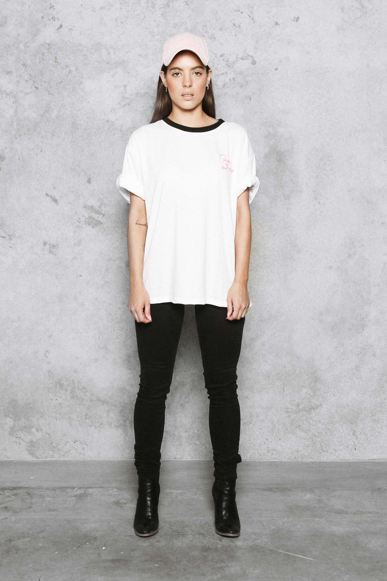 CLAIRE Graphic T-shirt