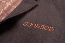 GOODBOIS CLASSIC TRADEMARK ALL OVER COAT BRWN