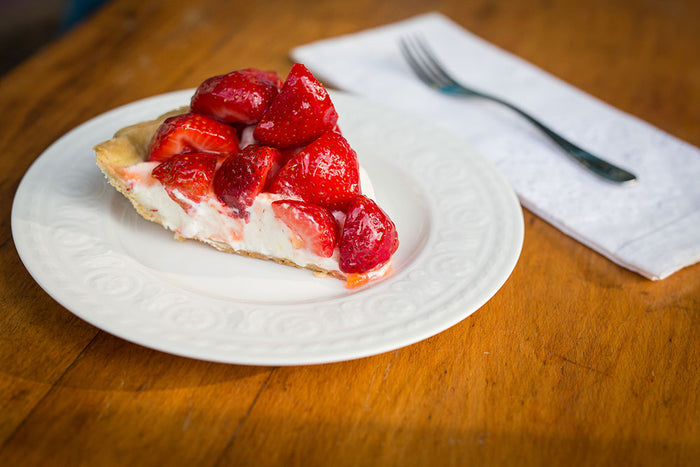 Lazy Summer Strawberry & Cream Pie