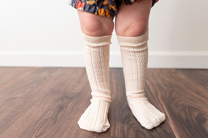 PEACH CREME KNEE HIGH SOCKS