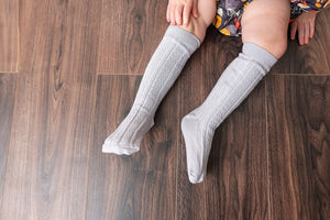 PEARL GREY KNEE HIGH SOCKS