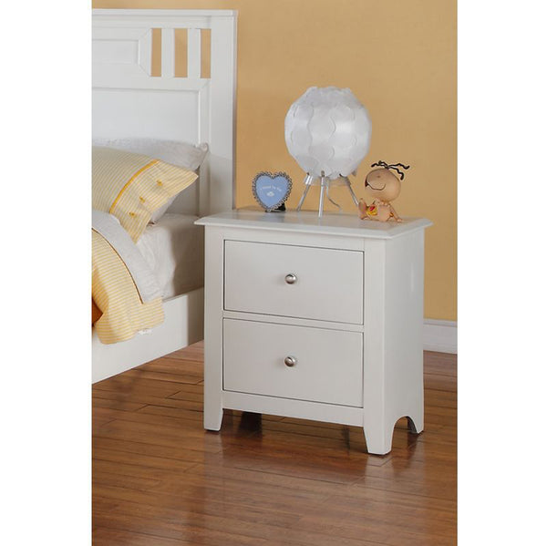 BM171571 Pine Wood Night Stand With 2 Drawers, White
