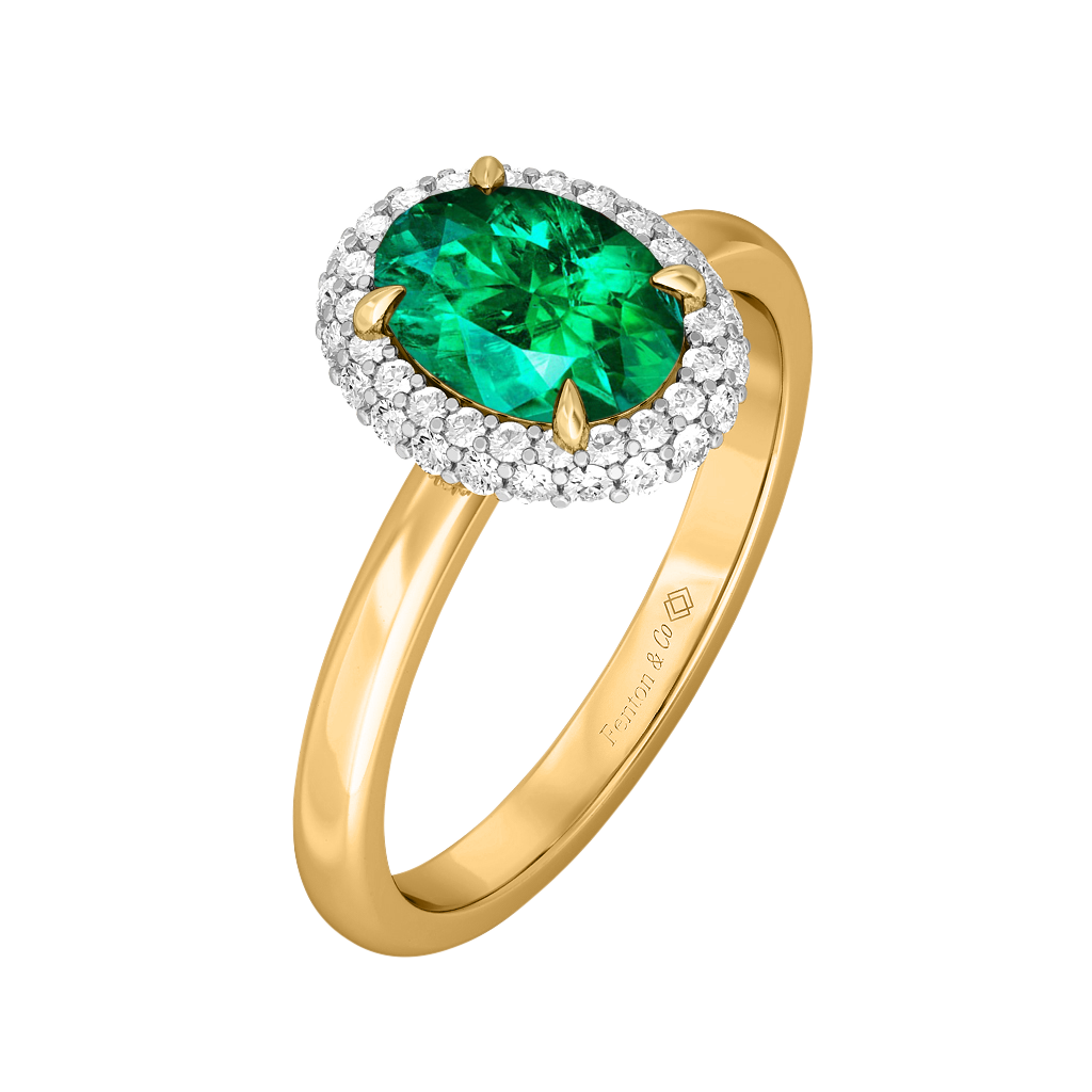Treasure Box Vintage Oval Big Emerald 18kt Yellow Gold