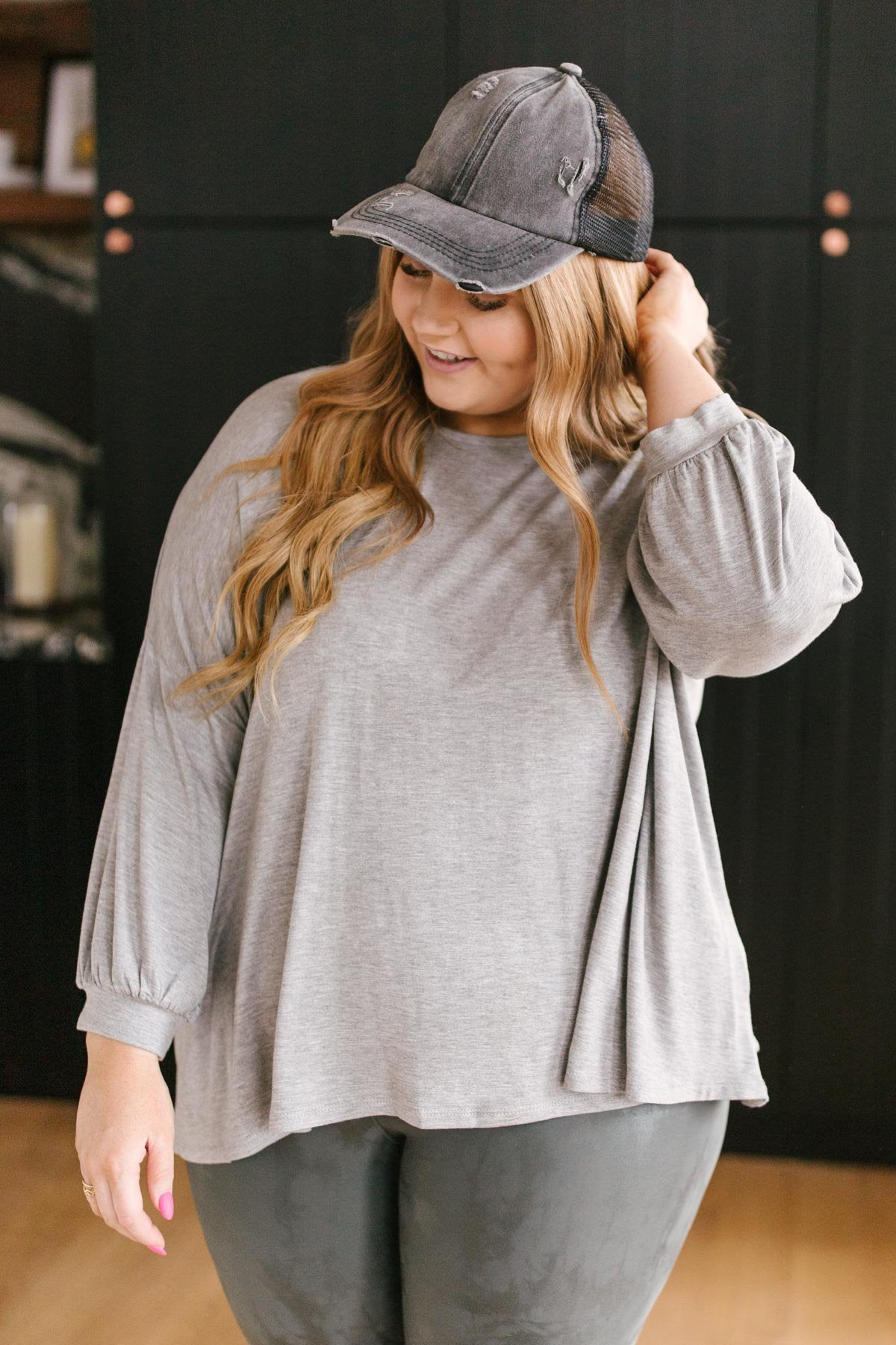 Open Minds Top in Gray