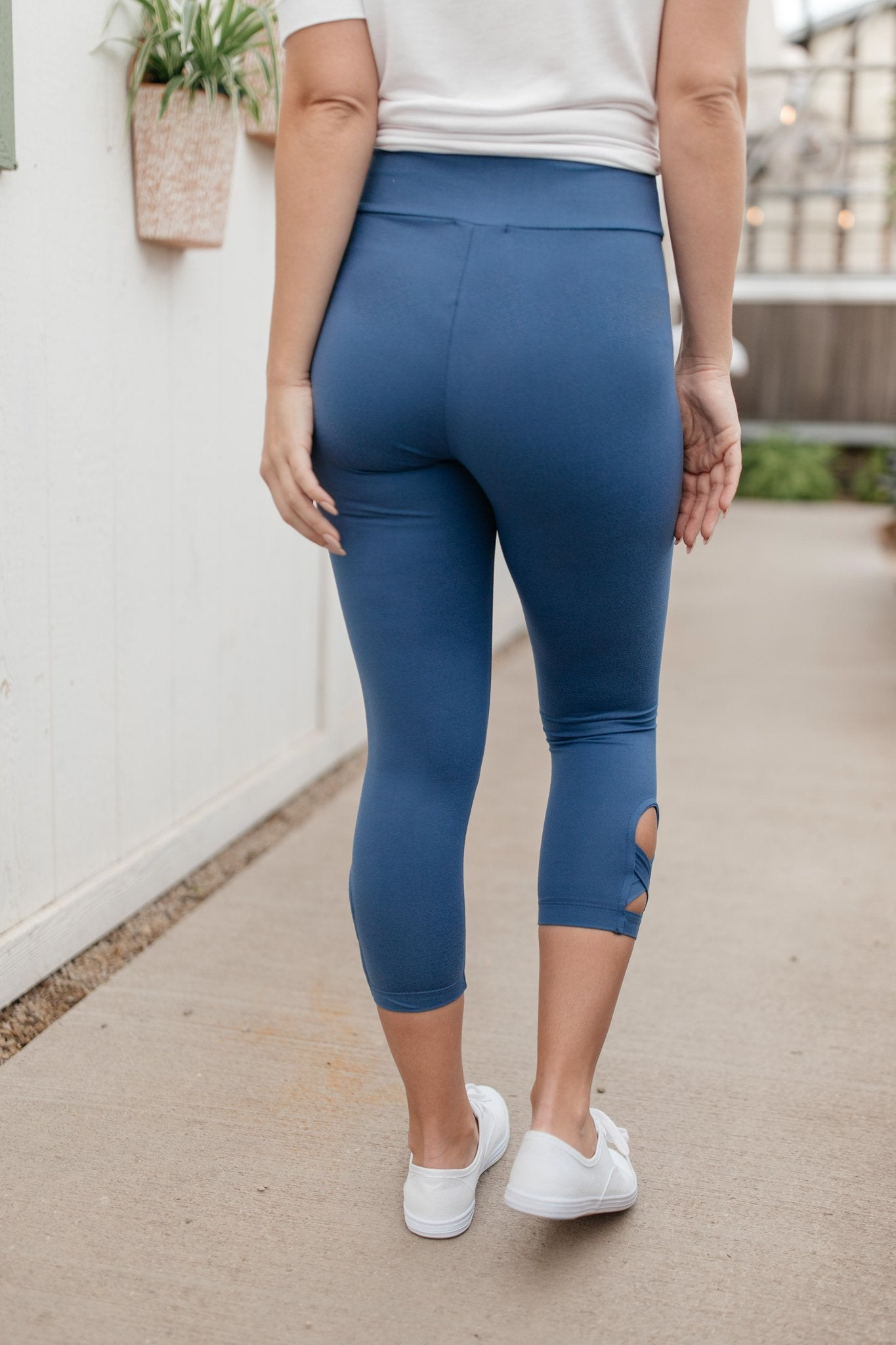 More Than Loungewear Leggings in Blue