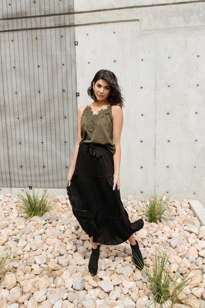 Tiered & Tied Skirt In Black