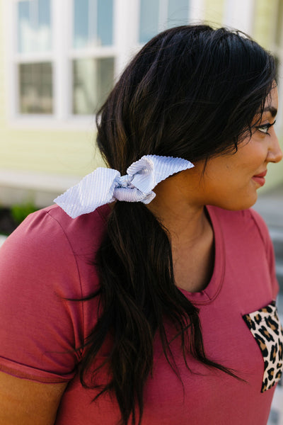 Crimped Metallic Scrunchy