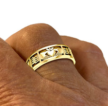 Women wearing Gold Celtic Claddagh Wedding Band