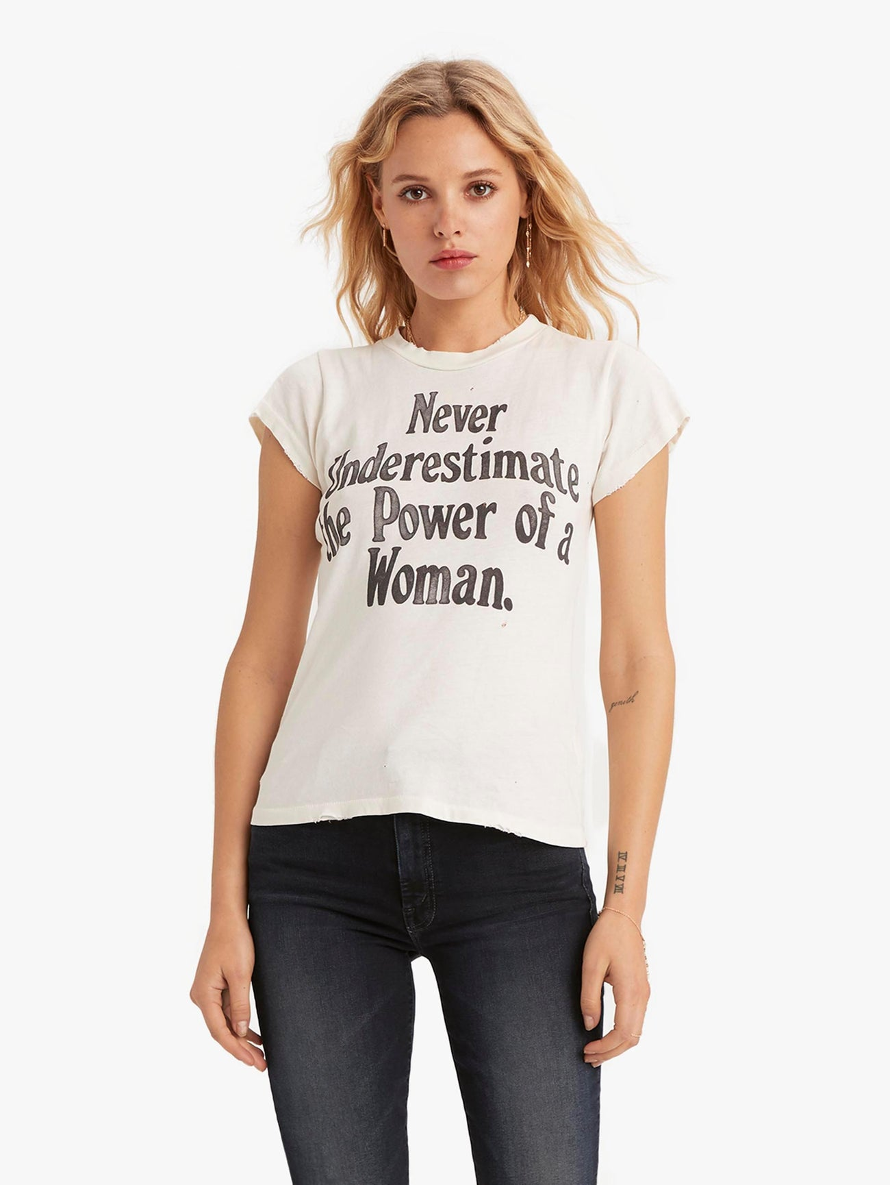 MadeWorn Never Underestimate The Power Of A Woman Tee - Off White