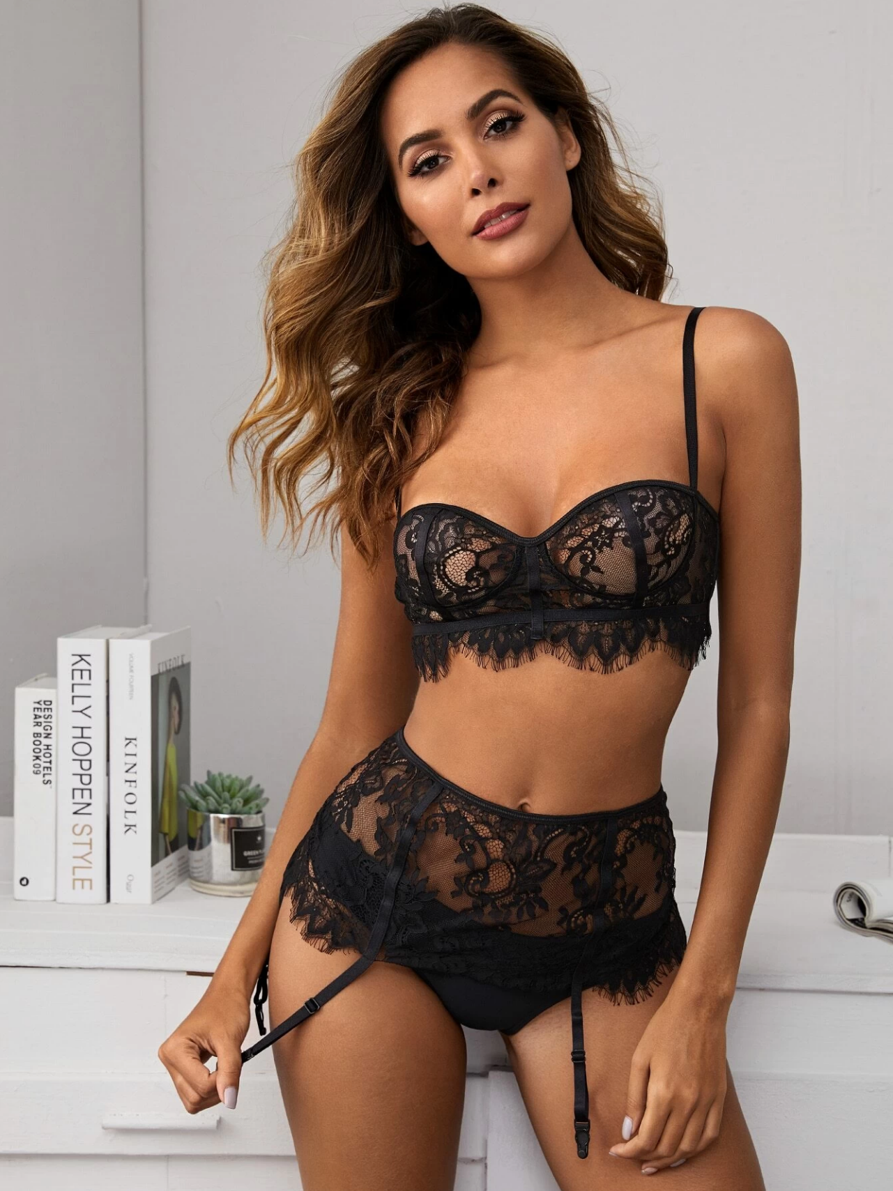Dangerous Woman 3 Piece Set