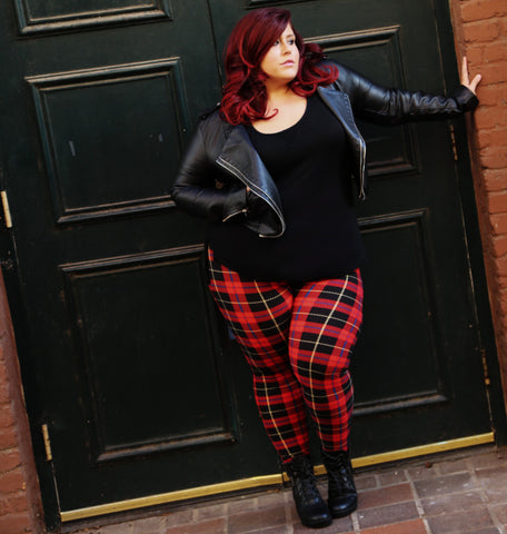 Plus size model in Black Sheep leggings
