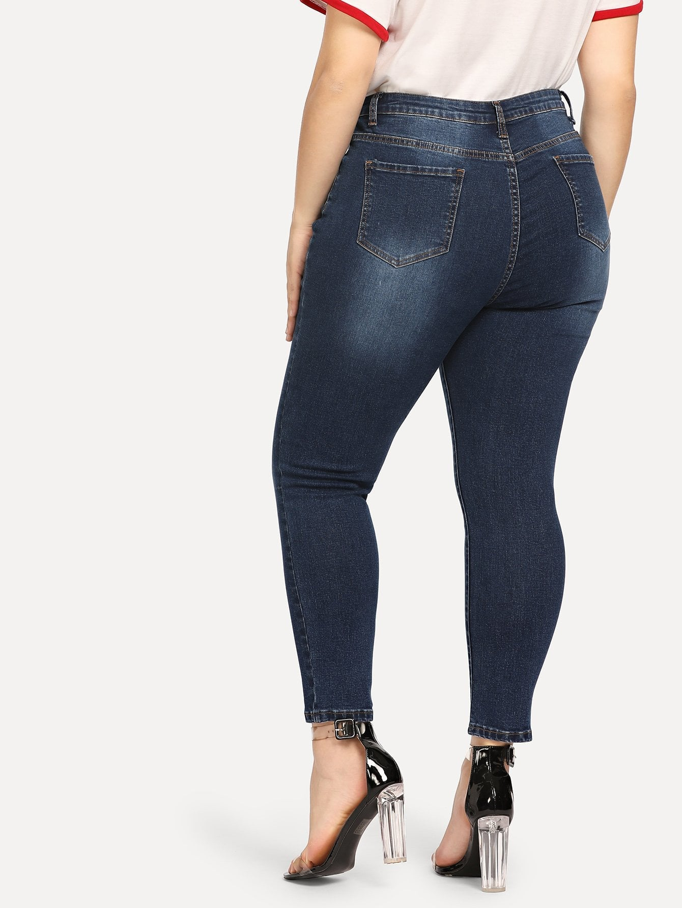 Plus Size Dark Wash Crop Skinny Jean