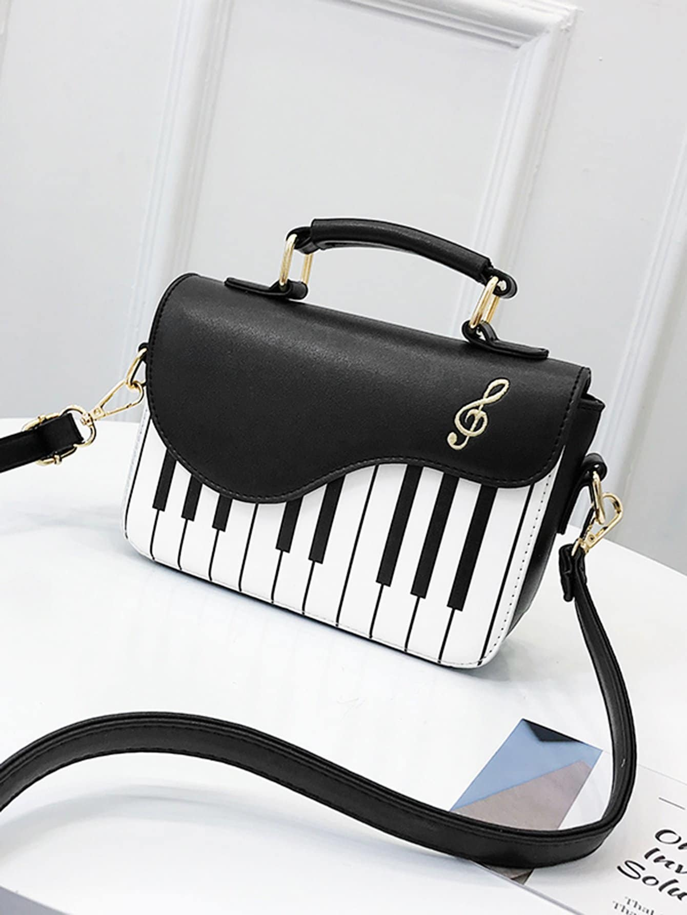 Piano Key Pattern Flap Crossbody Bag