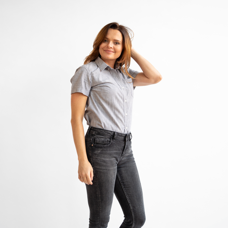 Women's Short Sleeve Gray Stretch Service Chambray