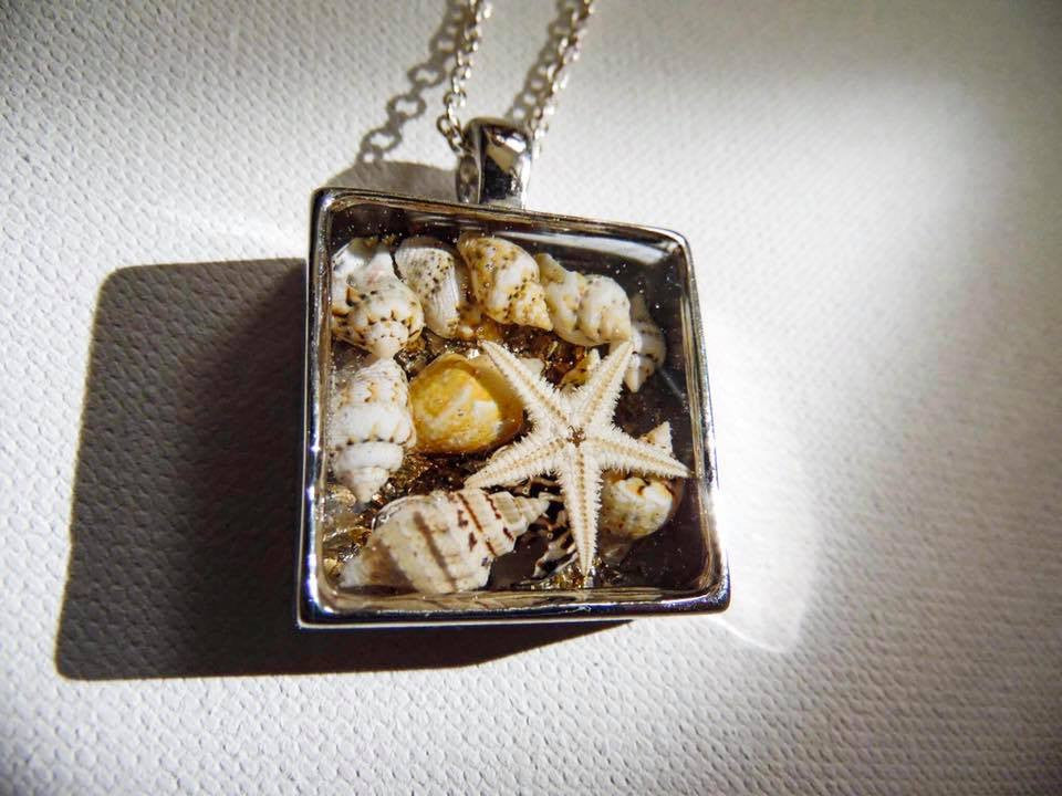 UNDER THE SEA SQUARE PENDANT NECKLACE