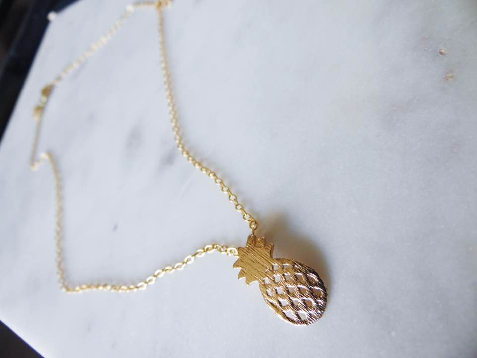 pineapple necklace |  beach jewelry |  beach necklace |  pineapple necklace |  pineapple jewelry