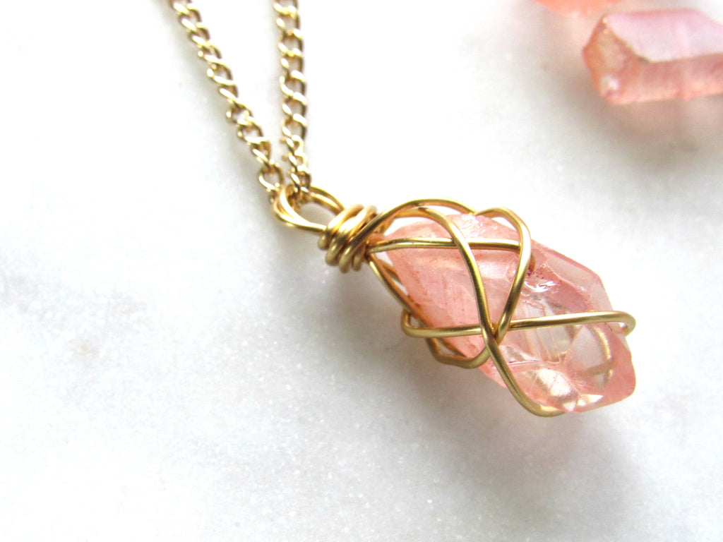 Crystal necklace | Quartz Crystal | Quartz jewelry | Quartz Necklace | Crystal Jewelry | Peach Necklace | Peach Jewelry