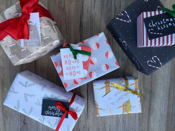 Christmas Wrapping Paper, Gift Tag and Card Bundle