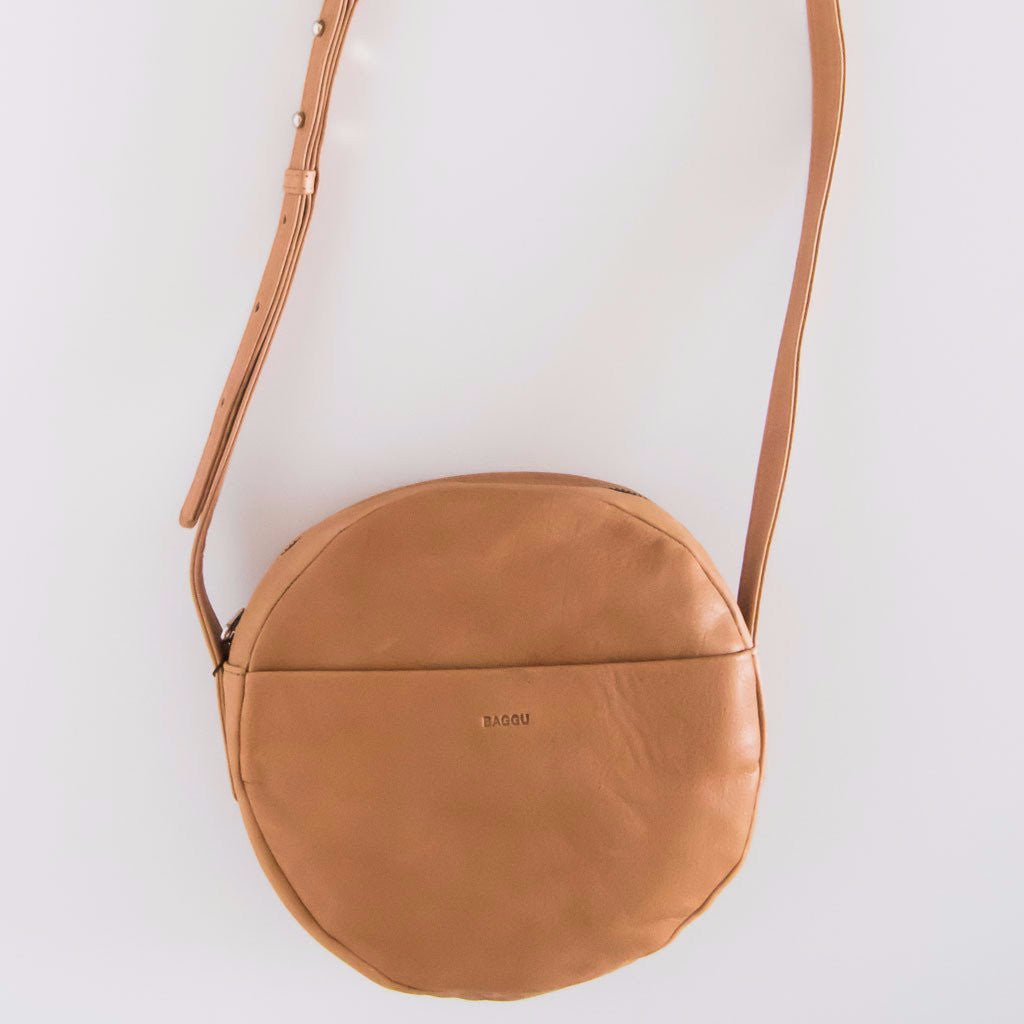 Circle Purse in Saddle