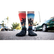 Injinji Toe Socks - Injinji Trail Medium Weight Crew Coastal - Primal Lifestyle Barefoot