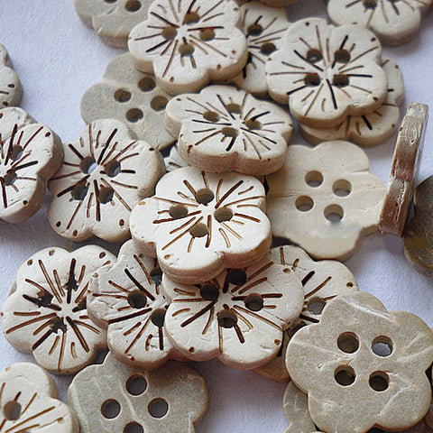 Pack of 20 Carved 4-hole Flower Shape, Coconut Button, Old Lace, 18mm