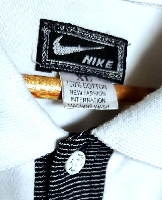 Retro Nike tennis POLO size| X-Large *flaws shown*