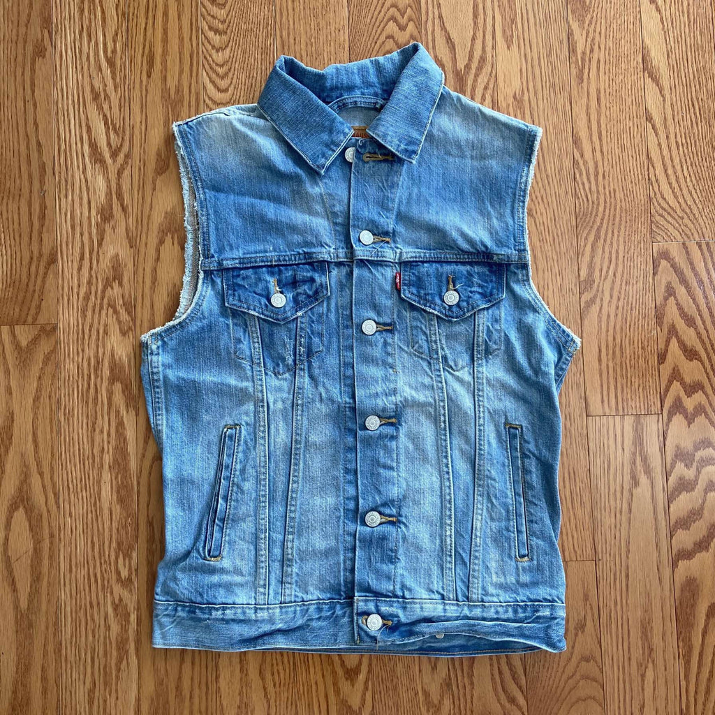 Vintage Levi's Denim Vest. Small