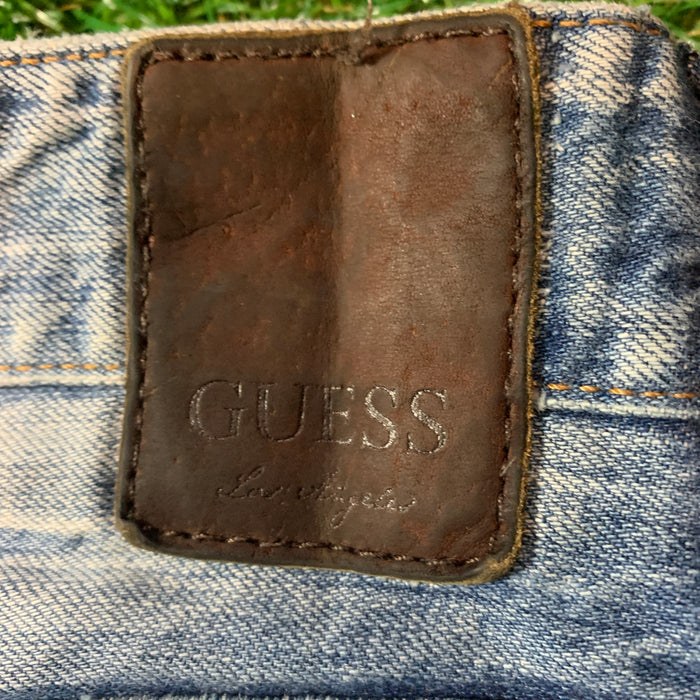 Classic Guess Jeans. 31