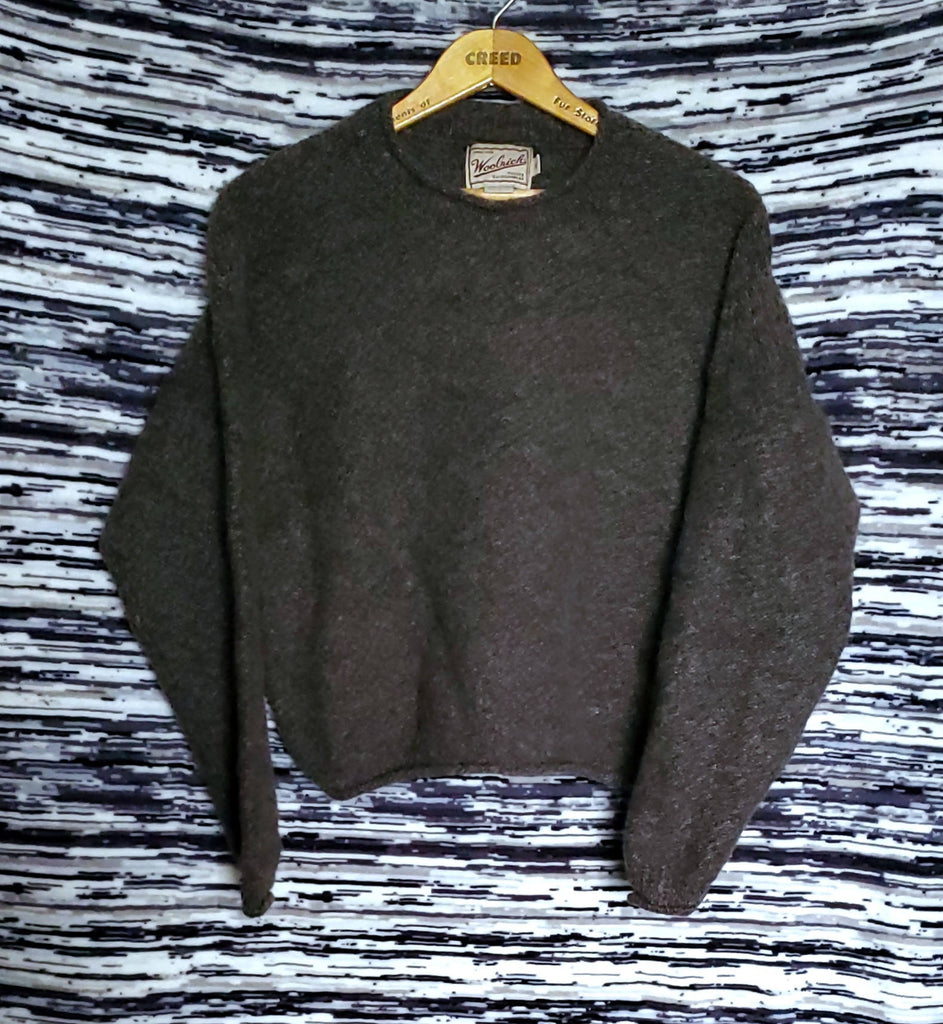 WOOLRICH croped Crewneck *MADE IN THE USA * size Ladys Medium