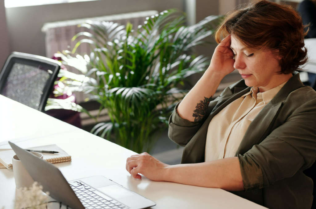 4 Medical Professionals Who Can Help You Find The Cause Of Your Recurring Migraines